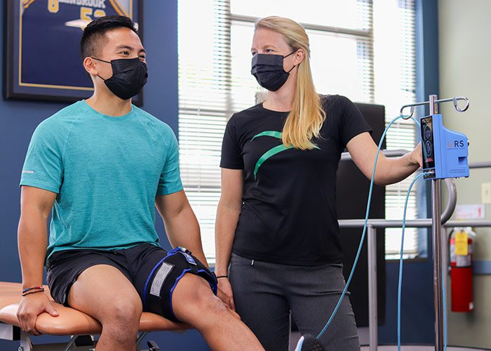 Blood flow restriction therapy in clinic